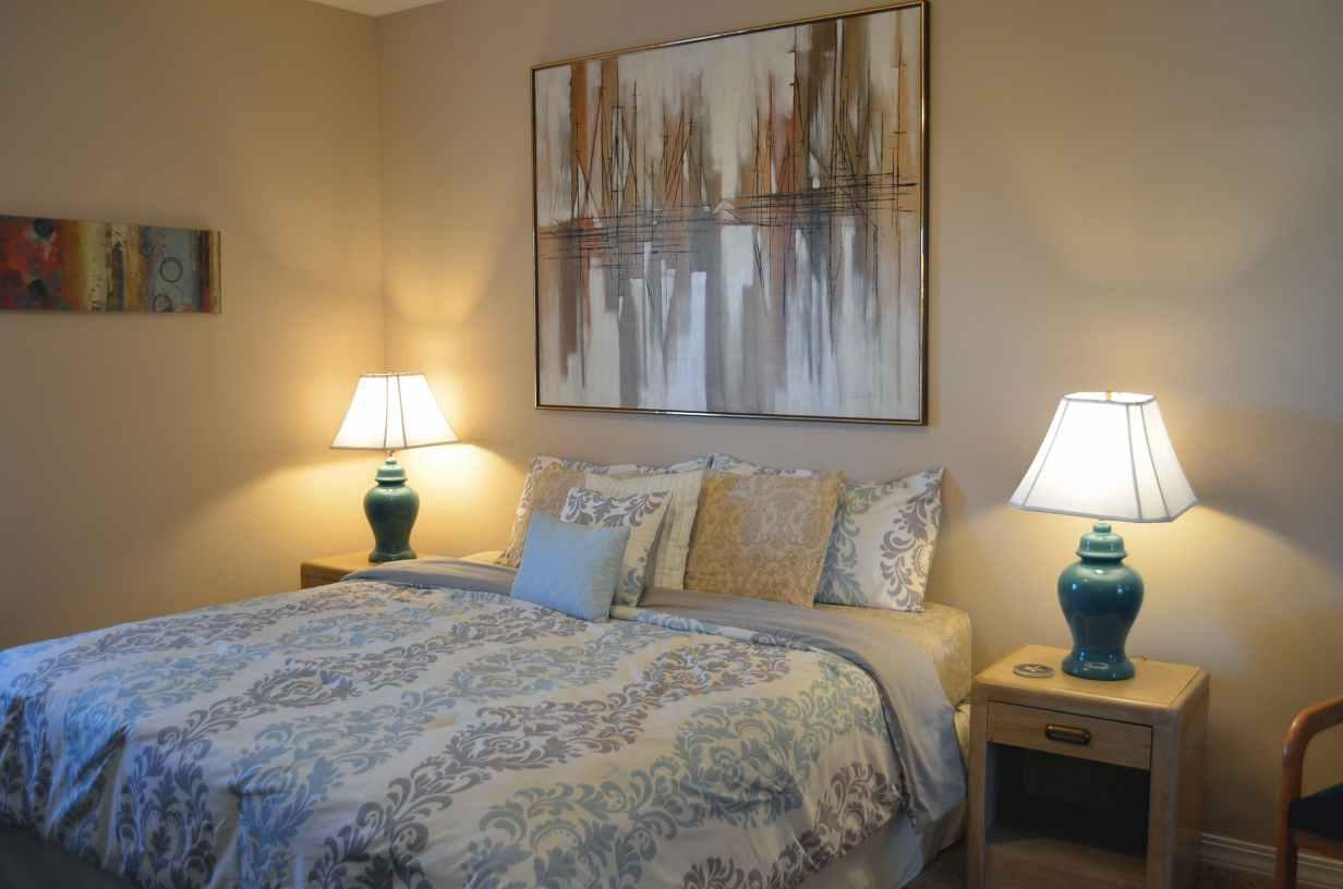 bedroom-number-3-mid-floor-no-steps-condo-number-23-at-rockwood