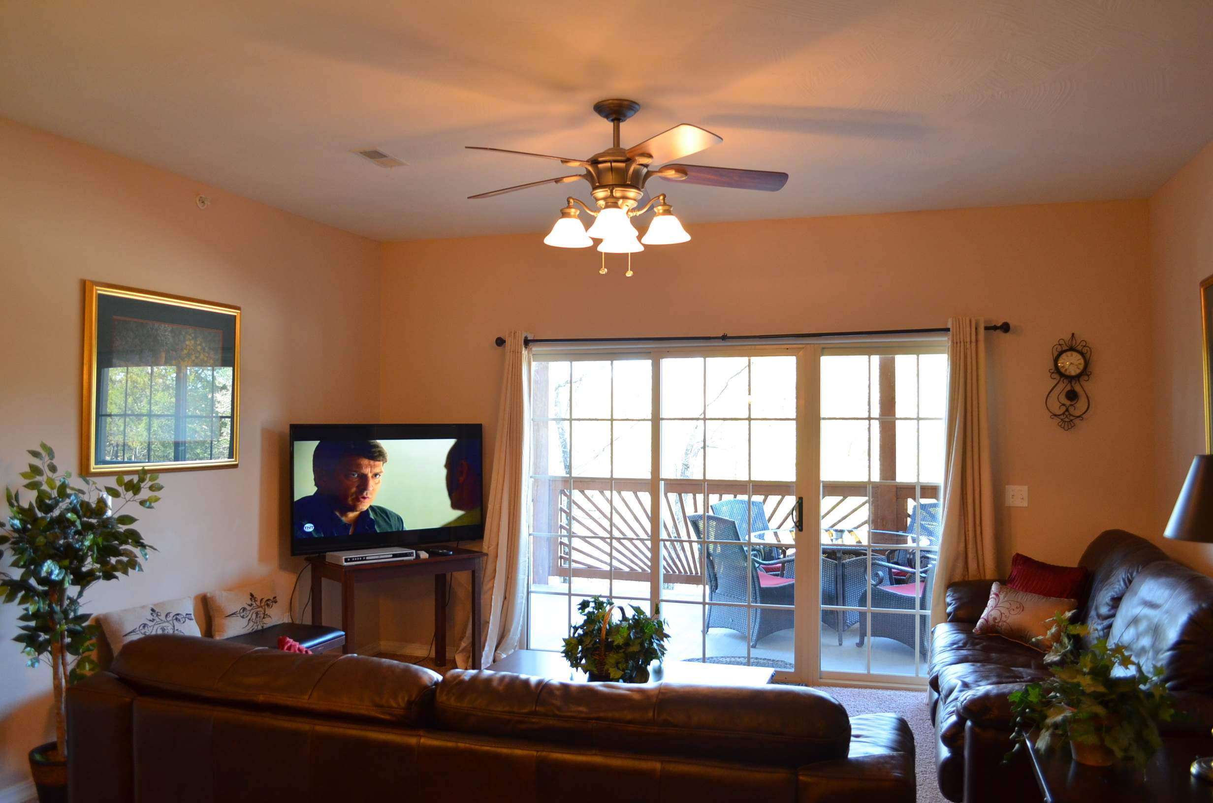 living-room-with-55-inch-television